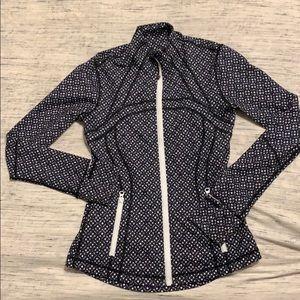 Like New Lululemon black and white zip Jacket